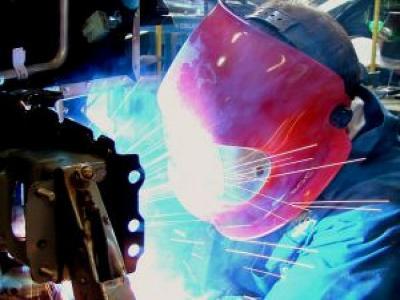 car-welding_2629300_convert_20120530000603